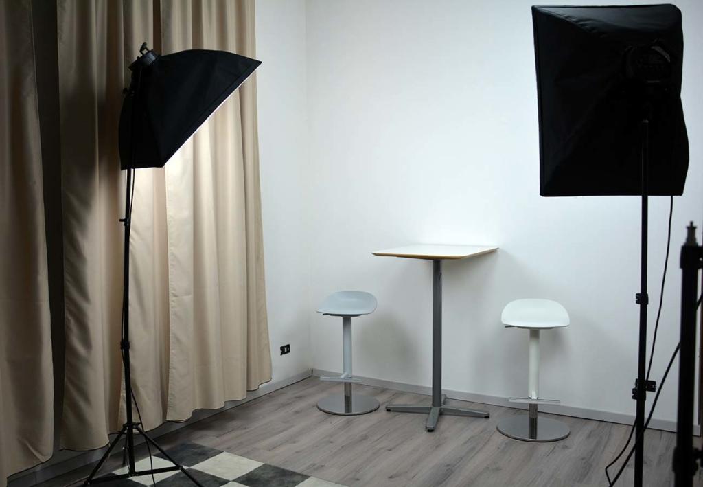 servizi multimediali nella nostra sala insonorizzata con posa oggetti