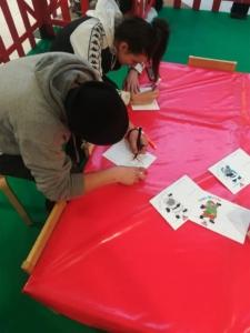 Kimbe crea evento con biglietti natalizi personalizzati
